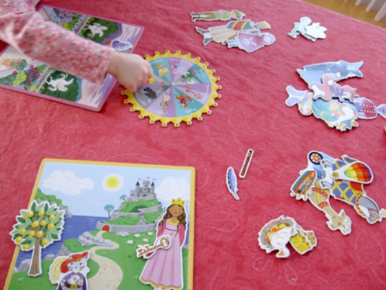 Playing-the-eeBoo-Fairy-Tale-Spinner-Game-with-Kids